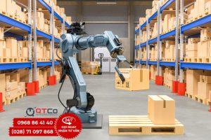 Robot kho hang